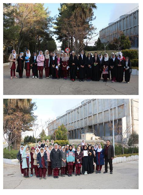 بازدید دانش آموزان مدرسه بانو اصفهانی از نیروگاه زرند